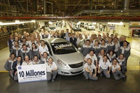 Opel eleva sus previsiones en 13.000 vehículos