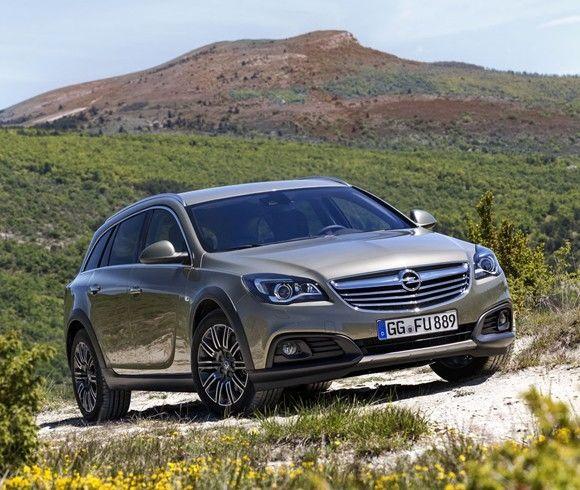 Opel Insignia: acumula más de 100.000 pedidos