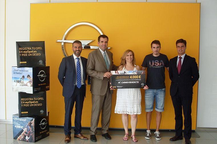 Premio del sorteo MyOpel en nuestras instalaciones de Espinardo