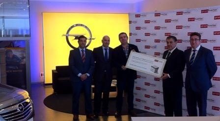 Grupo Huertas dona 4.228 euros al Banco de Alimentos