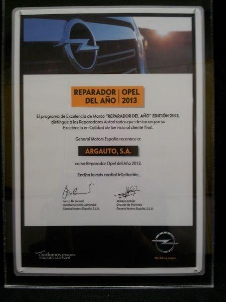 """Detalle del galardón """"Argauto, Reparador del año 2013"""""""