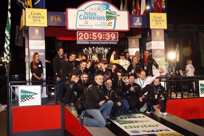 Entrega de premios del Rally Islas Canarias 2014 al Opel ADAM R2