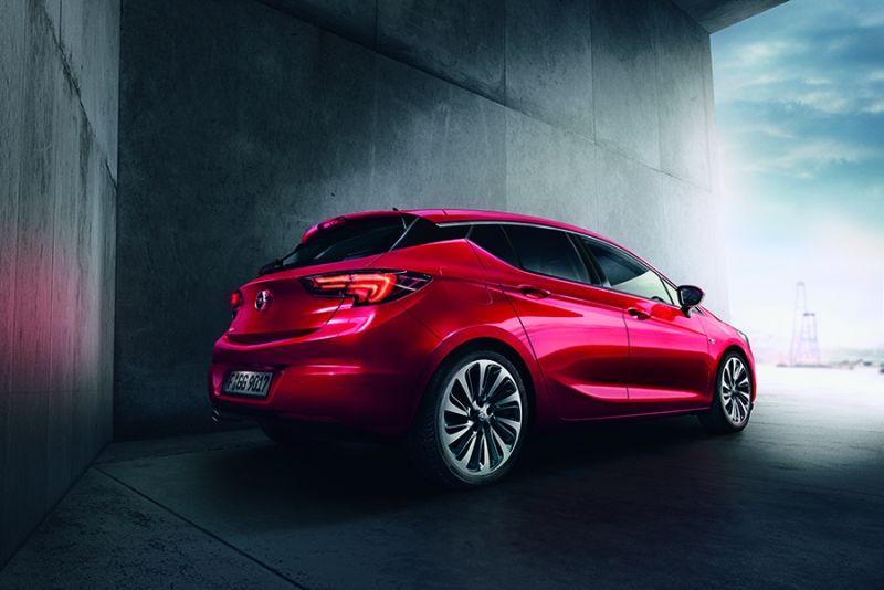 Opel Astra, una nueva estrella brilla con fuerza en el firmamento