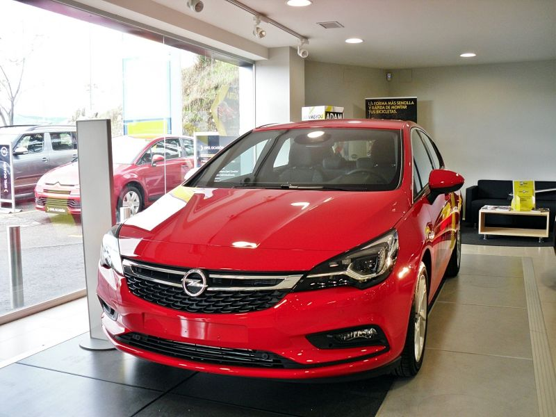 Nuevo Opel Astra **Venga a probarlo**