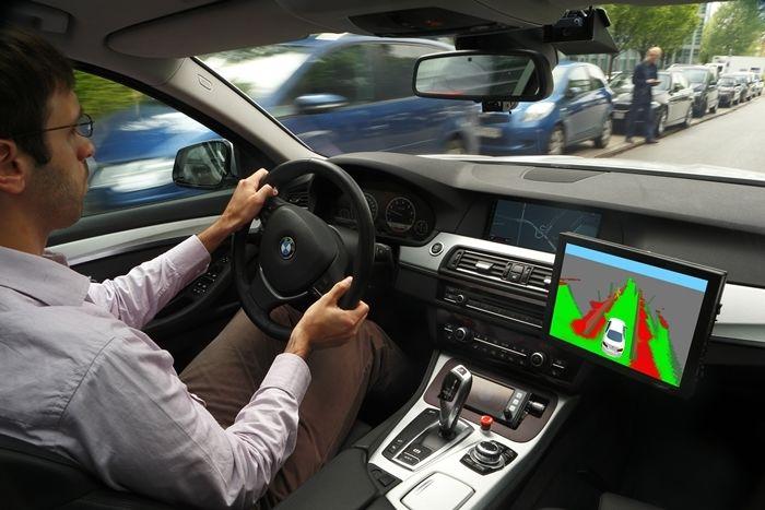 Opel y UR:BAN investigan por una conducción urbana más segura y eficiente