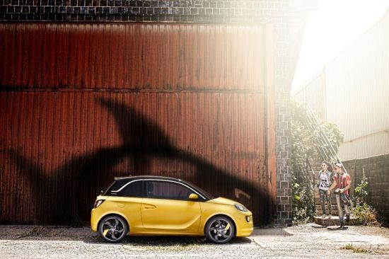 El secret dels dissenyadors: taurons a l'atac del Opel ADAM
