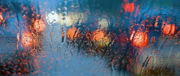 Conducir bajo la lluvia con máxima seguridad