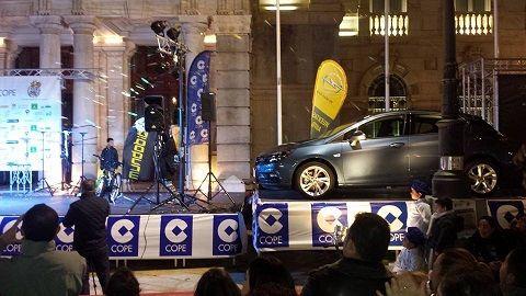 Huertas Auto y Cope invitan a roscón de Reyes en Cartagena
