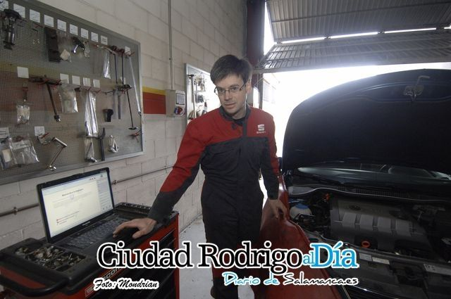 Nuestro SEAT Master Technician Eduardo Pérez Donoso finalista de la 15ª Edición del Top Service People