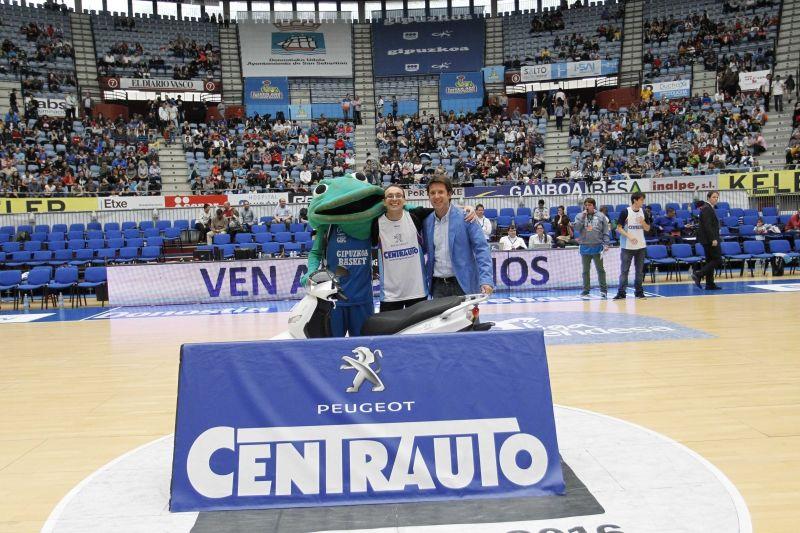 """Iñigo Azkue, flamante ganador del """"Campeonato de Triples Centrauto"""""""