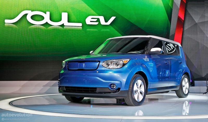 Comparativa Kia Soul EV vs BMW i3, ¿quién se para antes?