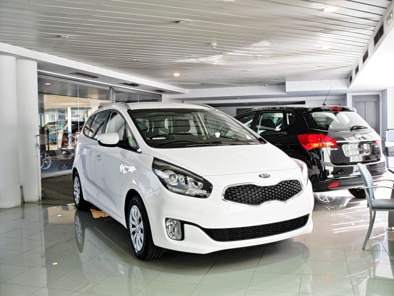KIA Carens 1.7 CRDi VGT 115cv Concept - 15.300 €