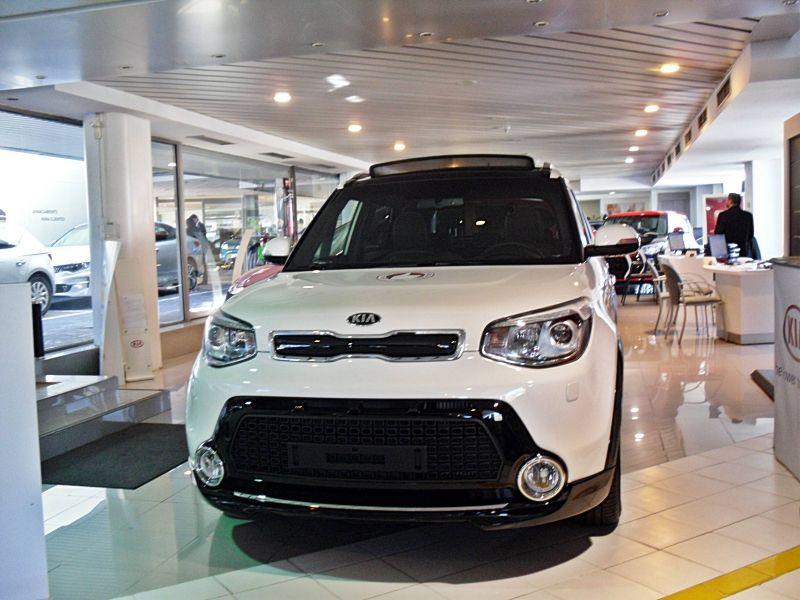 KIA SOUL 128CV Diesel NUEVO POR 14.995€*