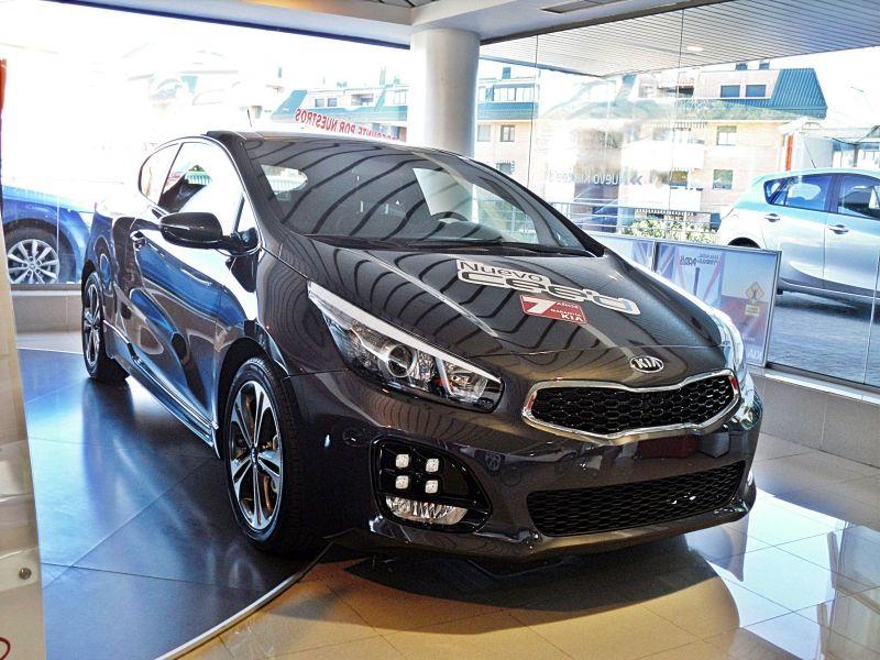 KIA PROCEED GT LINE NUEVO 2016 SIN MATRICULAR POR 17.200€ *