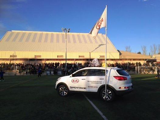 El nuevo Kia Sportage con el fútbol salmantino.