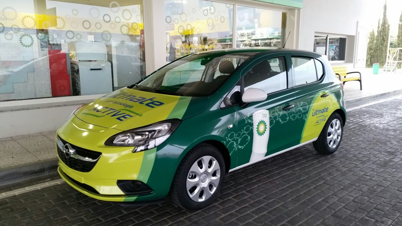 Huertas Auto suministra a la ES El Algarrobo un Opel Corsa para sortear entre sus clientes