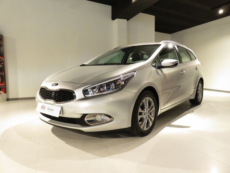 Kia Cee'd Sportswagon 1.6 CRDi Drive 128 CV por 15.300€*