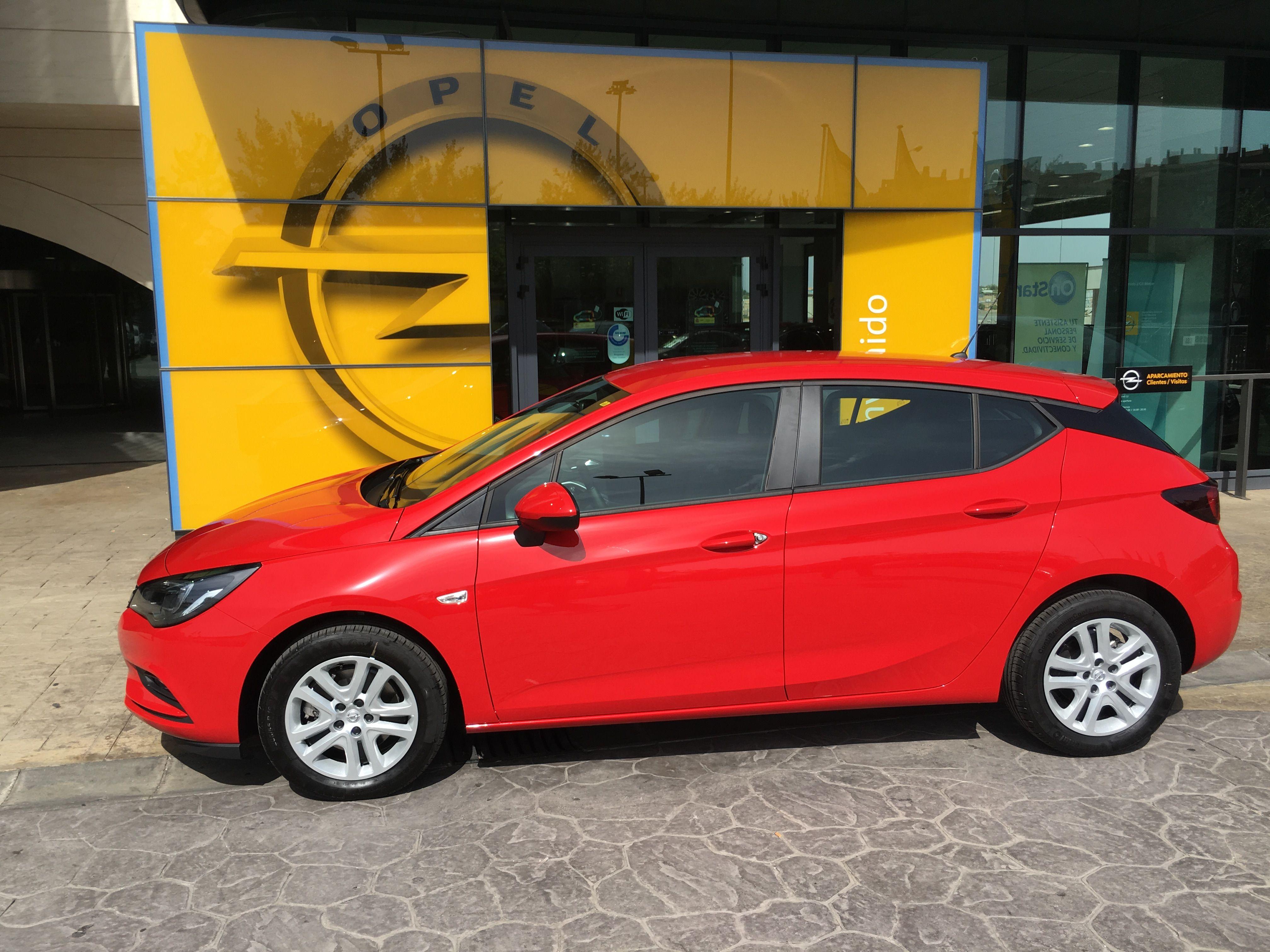 OFERTA LIMITADA /14.600€/ ASTRA SELECTIVE 1.4T 125 CV gasolina 5 puertas