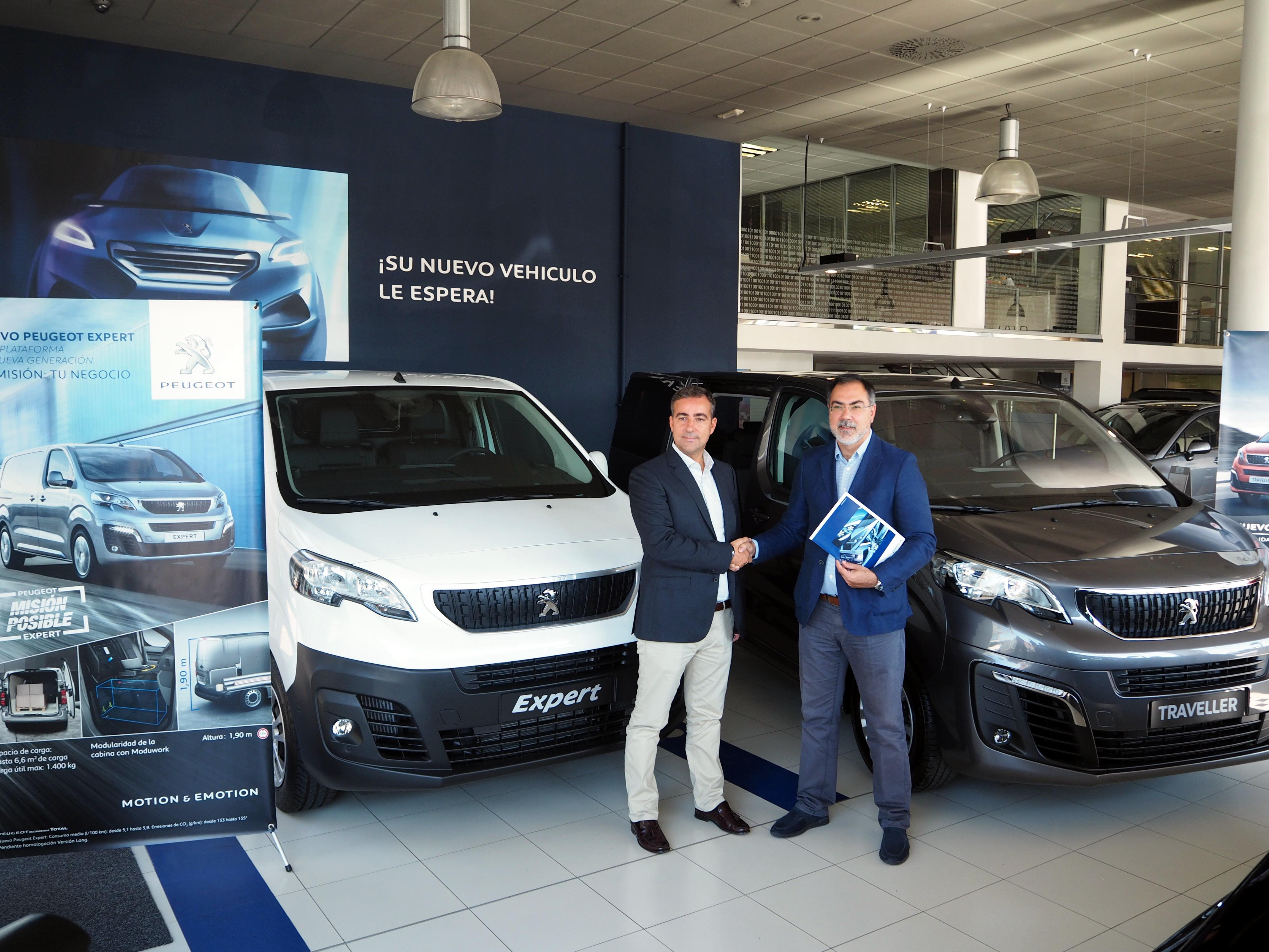 Apecco y Peugeot Dimolk firman un acuerdo de colaboración