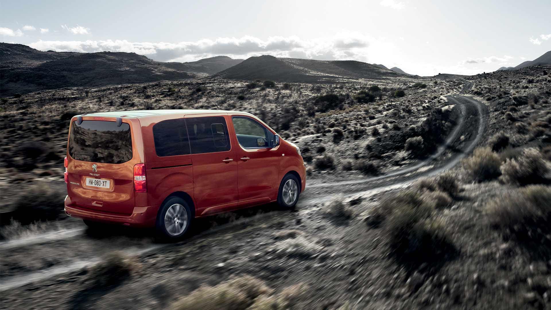 8 razones para enamorarse de la nueva Peugeot Traveller Combi
