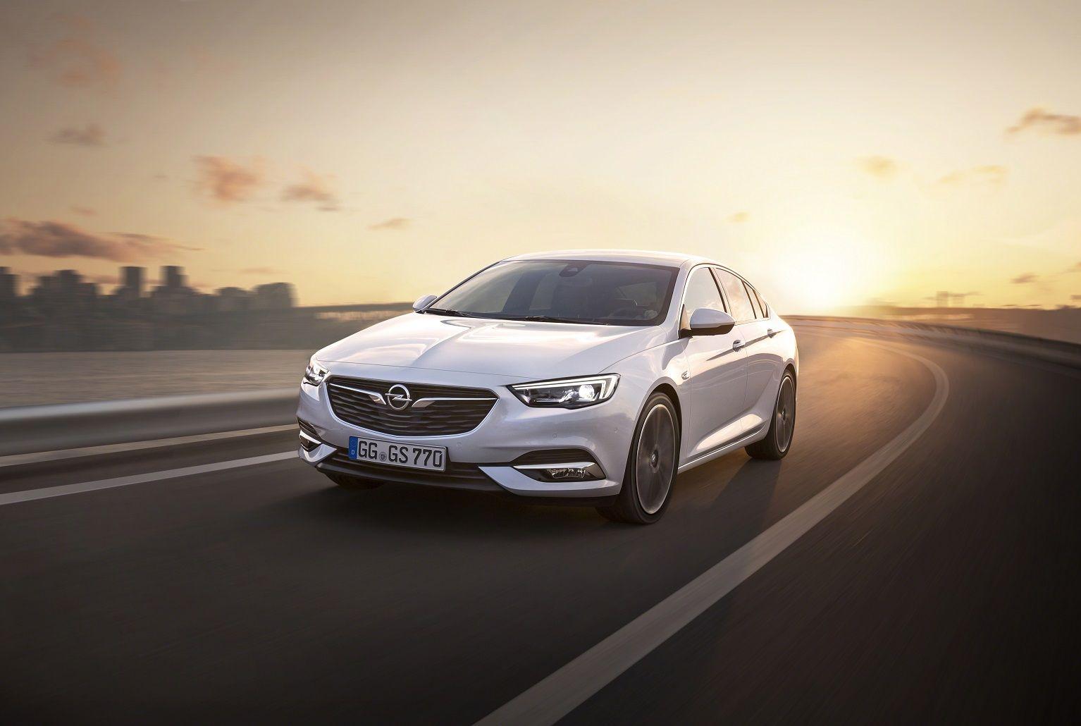 Nuevo Opel Insignia Grand Sport: Primeras imágenes