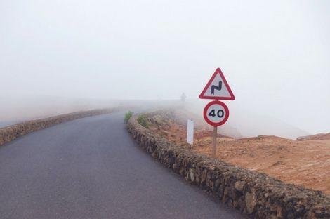 Consejos para conducir correctamente con niebla