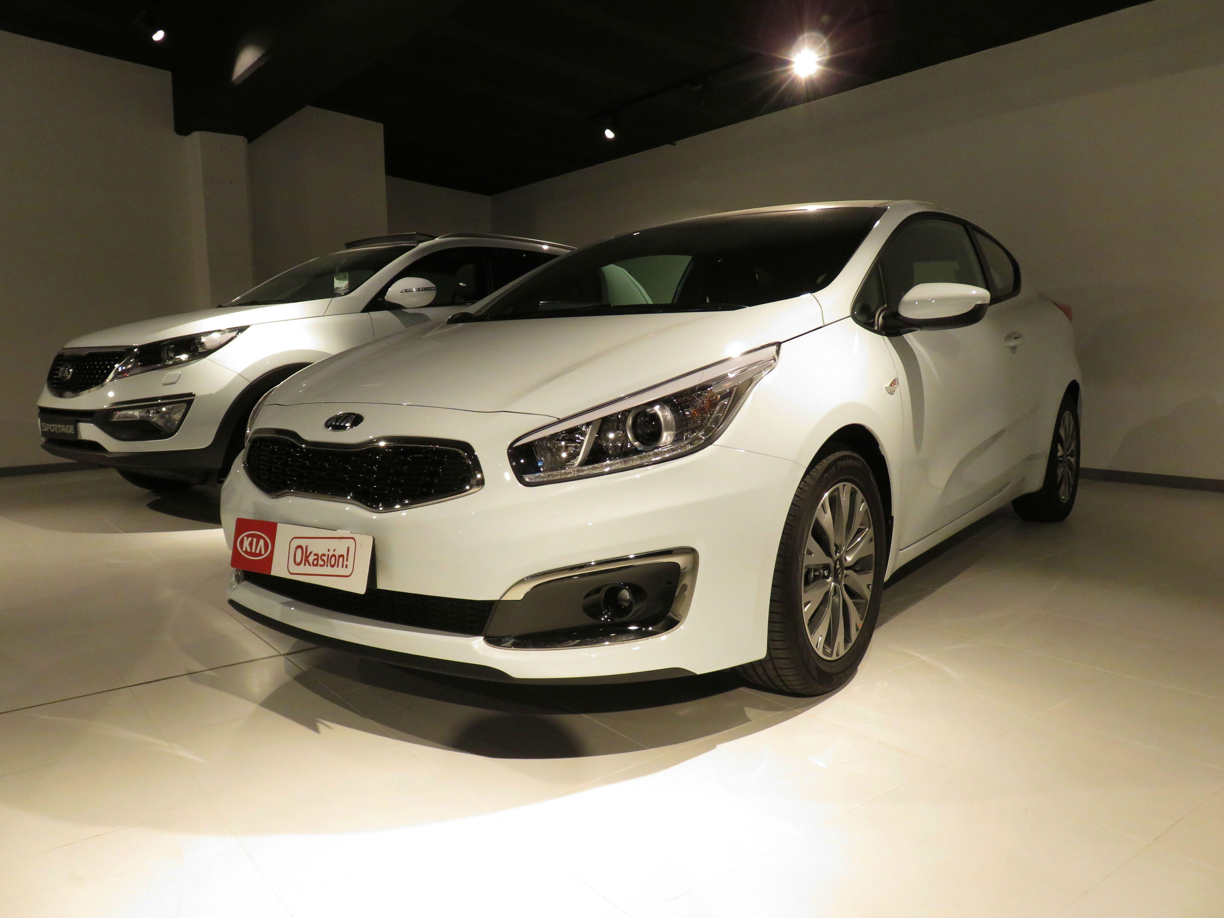 Kia Pro-Cee'd 1.0 T-GDI 120CV Drive por 13.600€*