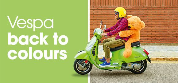 Vespa back to colours - elige tu Vespa y consigue un kit especial de accesorios
