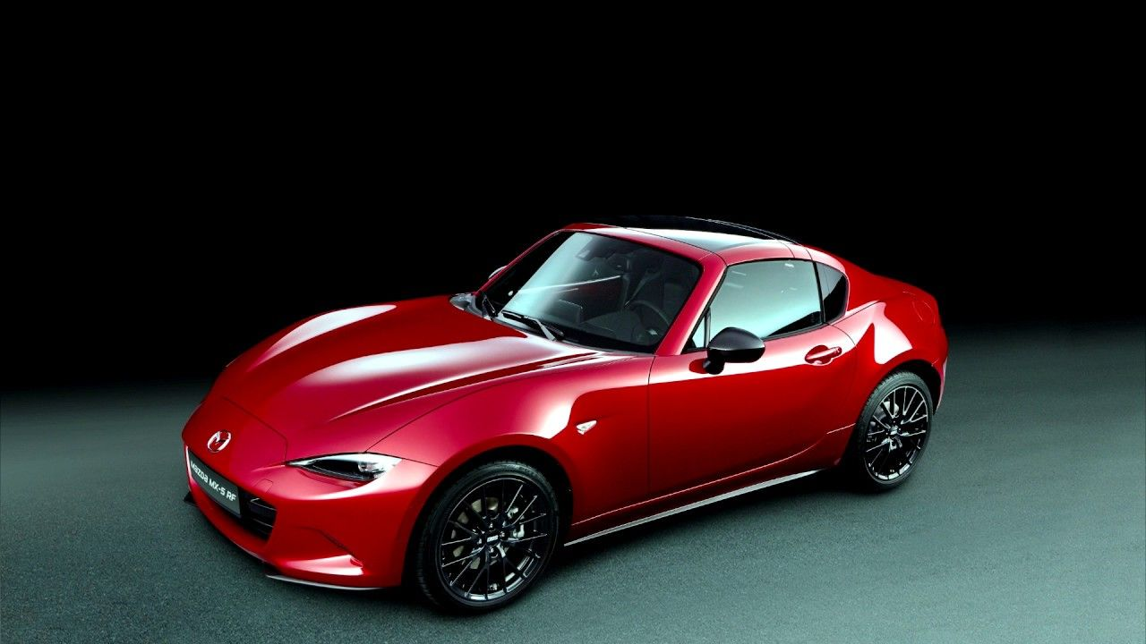 Mazda se presenta en el Automobile Barcelona 2017 con el Mazda MX-5 RF Ignition