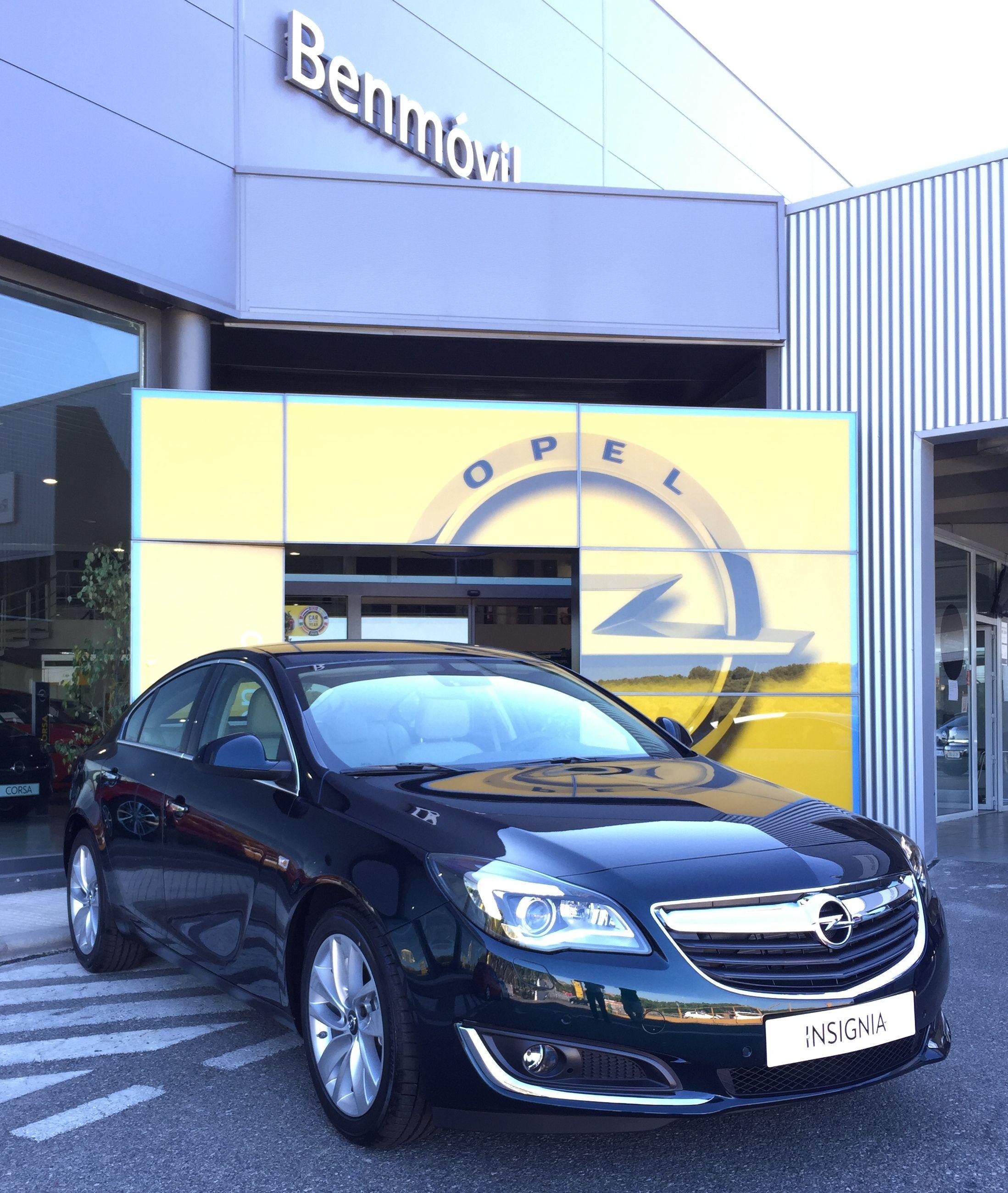 Liquidación Opel Insignia -- NUEVOS A ESTRENAR --