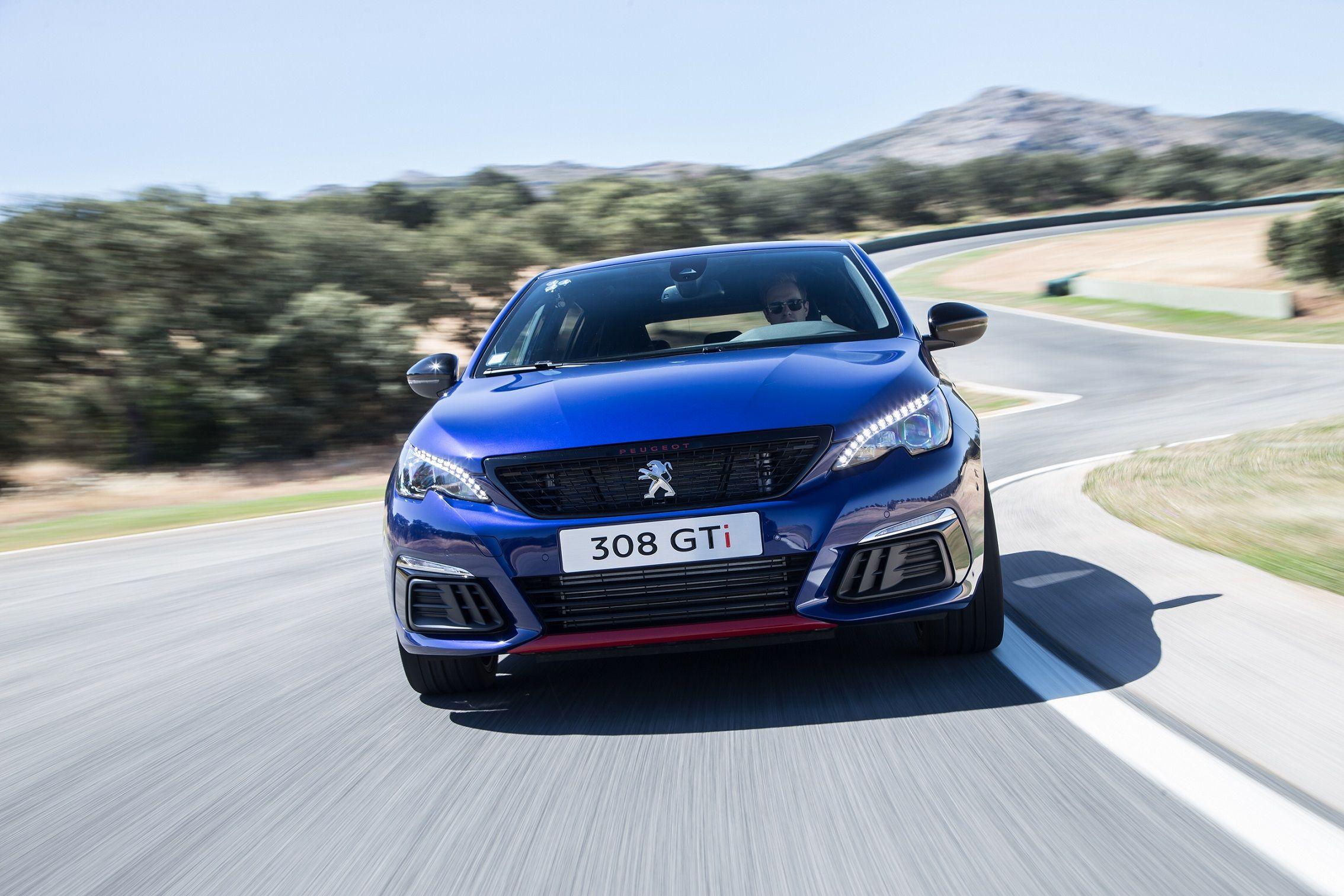 Nuevo Peugeot 308 GTi by Peugeot Sport: deportividad sin concesiones