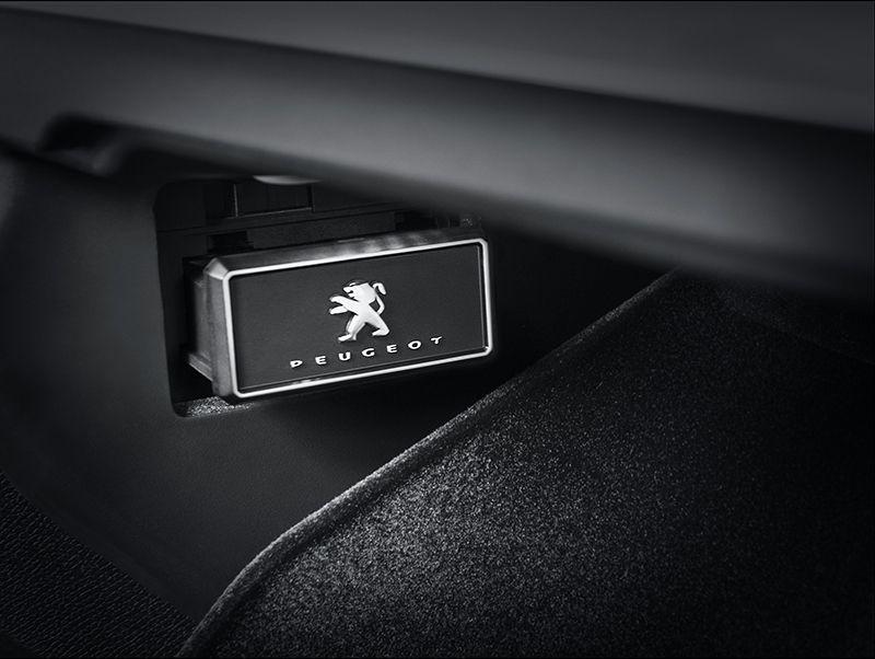 El Peugeot 5008 entra en una nueva dimensión en confort… olfativo