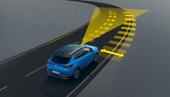 Siempre alerta y seguro: El nuevo Opel Grandland X avisa de la fatiga del conductor.