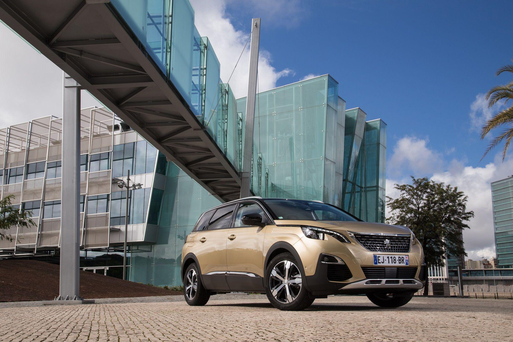 Peugeot estará presente en Glamour Sport Summit con sus modelos SUV 3008 y 5008, y con el Traveller