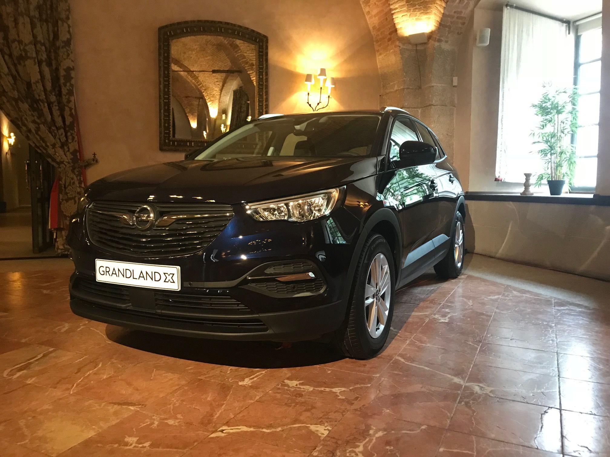 Asistimos a la presentación del nuevo Opel Grandland X en Castillo de Viñuelas, Madrid