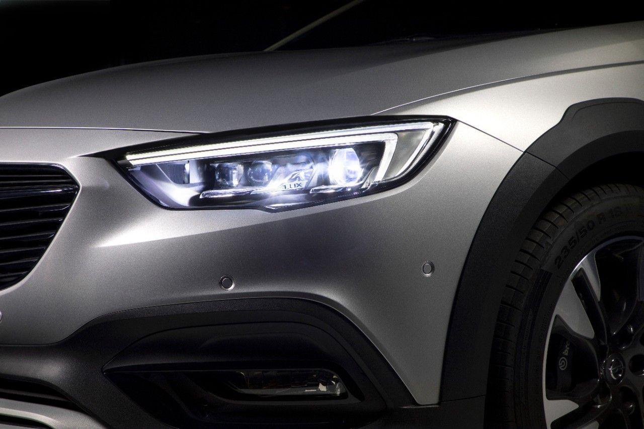 Las innovaciones en iluminación de Opel desafían a la oscuridad en el cambio al horario de invierno