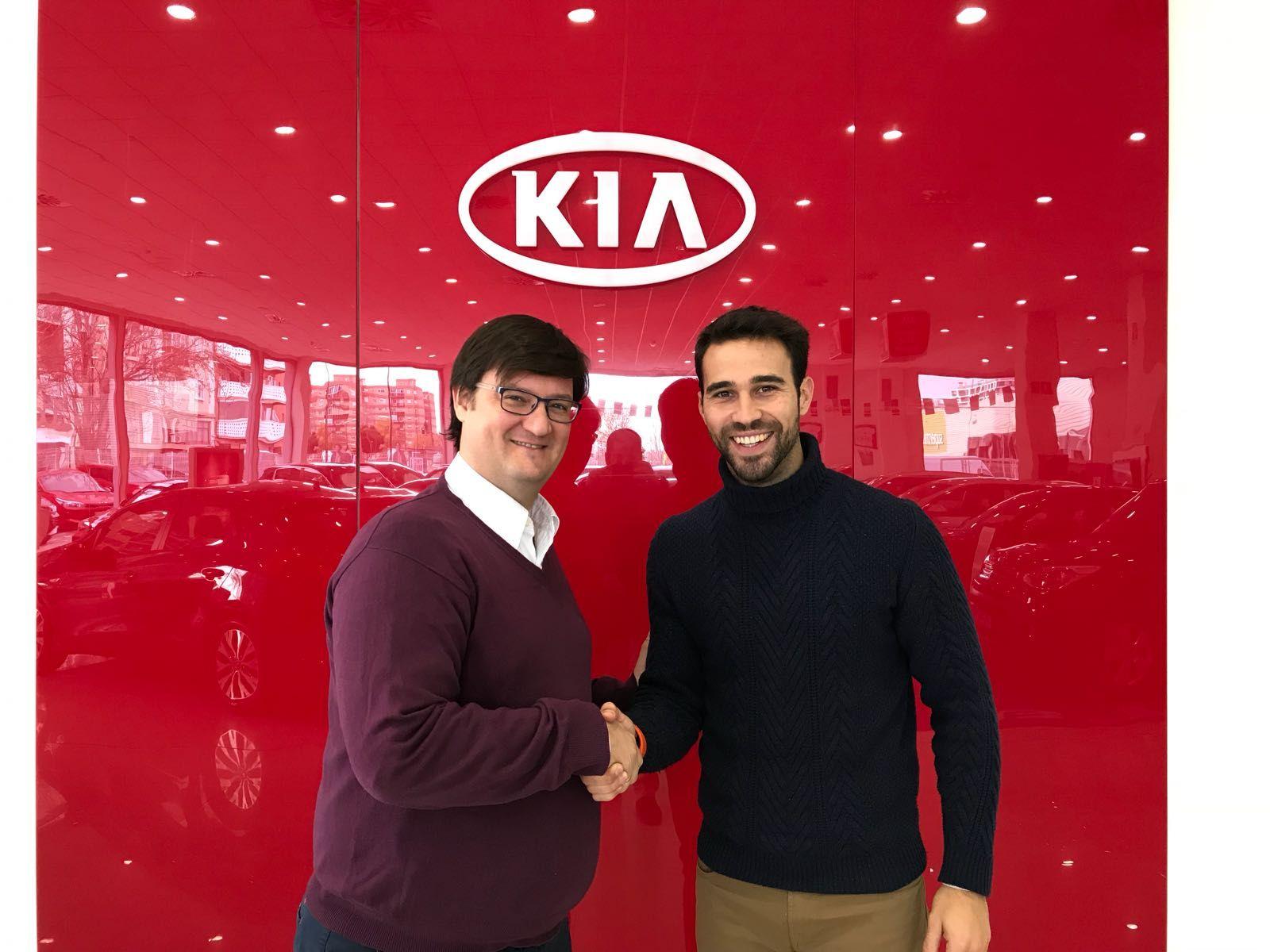 Autosalduba firma un nuevo contrato de colaboración con Alex Lamata