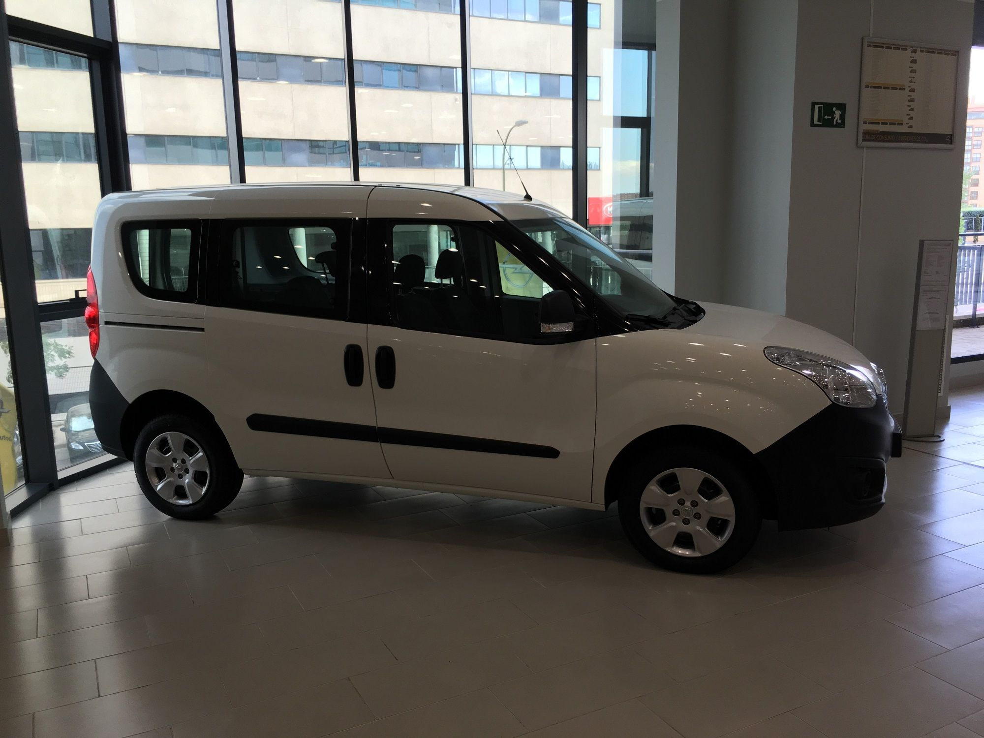 Opel Combo Tour Expression MY18 1.3 CDTI 70Kw (95CV) Man.5v L1H1 N1 Euro 6