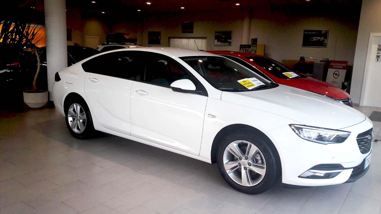 ¡Oferta única! Opel Insignia Selective 1.6 CDTi 136CV Km0 por 22.590€ solo en Autoprin