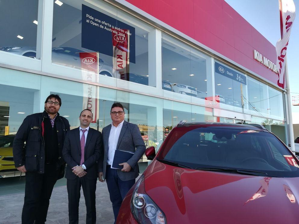 M. Gallego y la UFDRM (Unión de Federaciones Deportivas de la Región de Murcia) firman un gran acuerdo de colaboración.