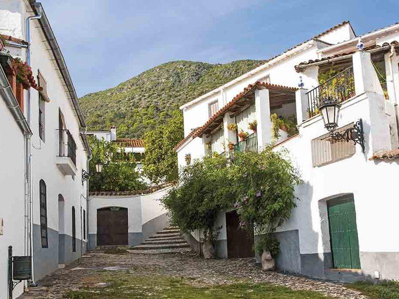 Diso Huelva y la Gama X de Opel te regalan un fin de semana rural en la sierra