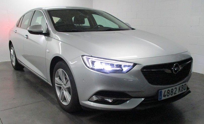 OPORTUNIDAD: Vehículo de Gerencia. Opel Insignia EXCELLENCE 2.0 CDTI 170CV.