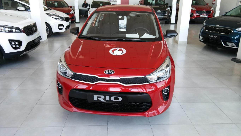 KIA RIO 1.4CRDI 77CV CONCEPT SIGNAL RED