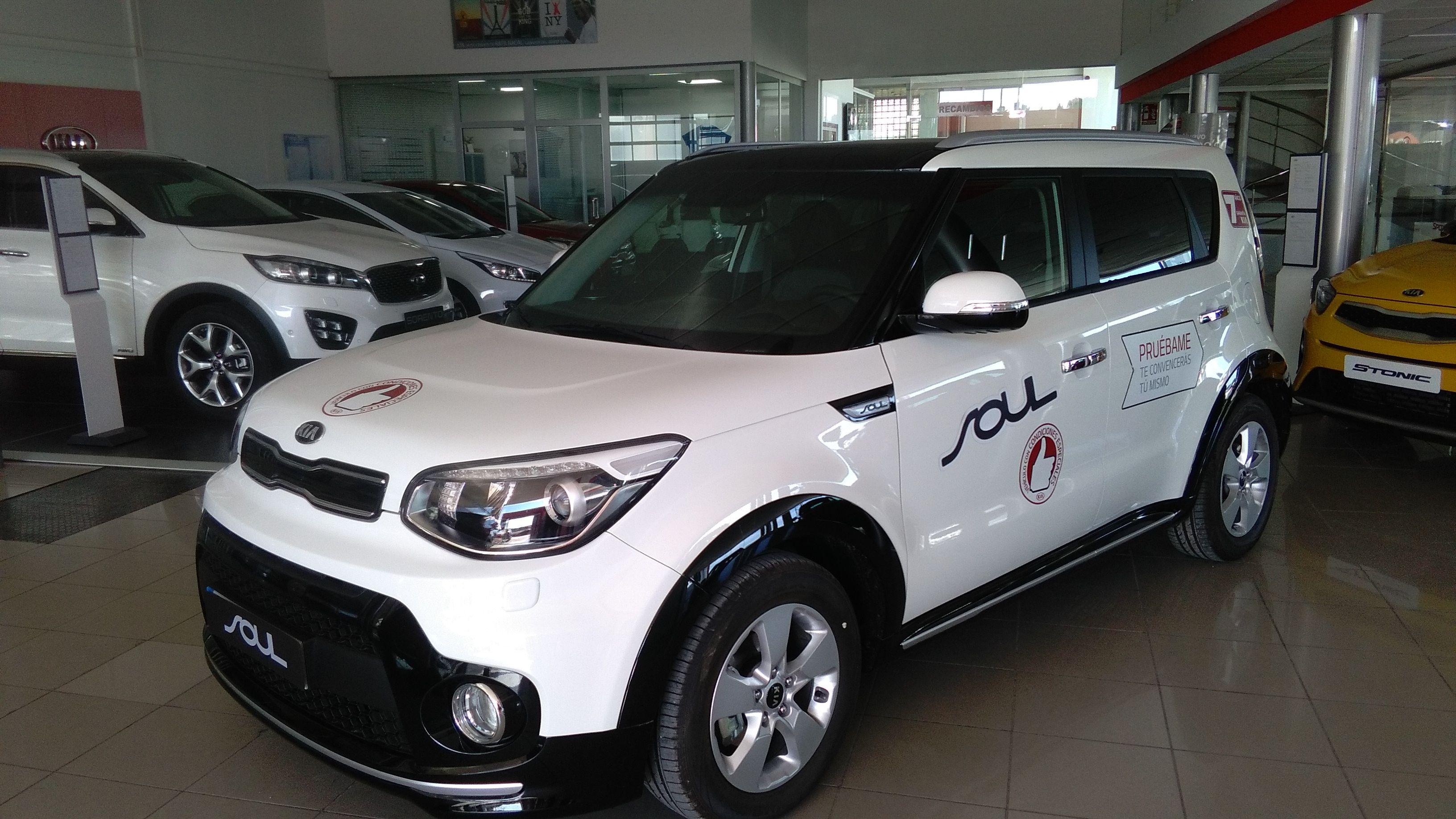 KIA SOUL 1.6 CRDI DRIVE 136CV.  (PACK SUV Y PACK VISION)