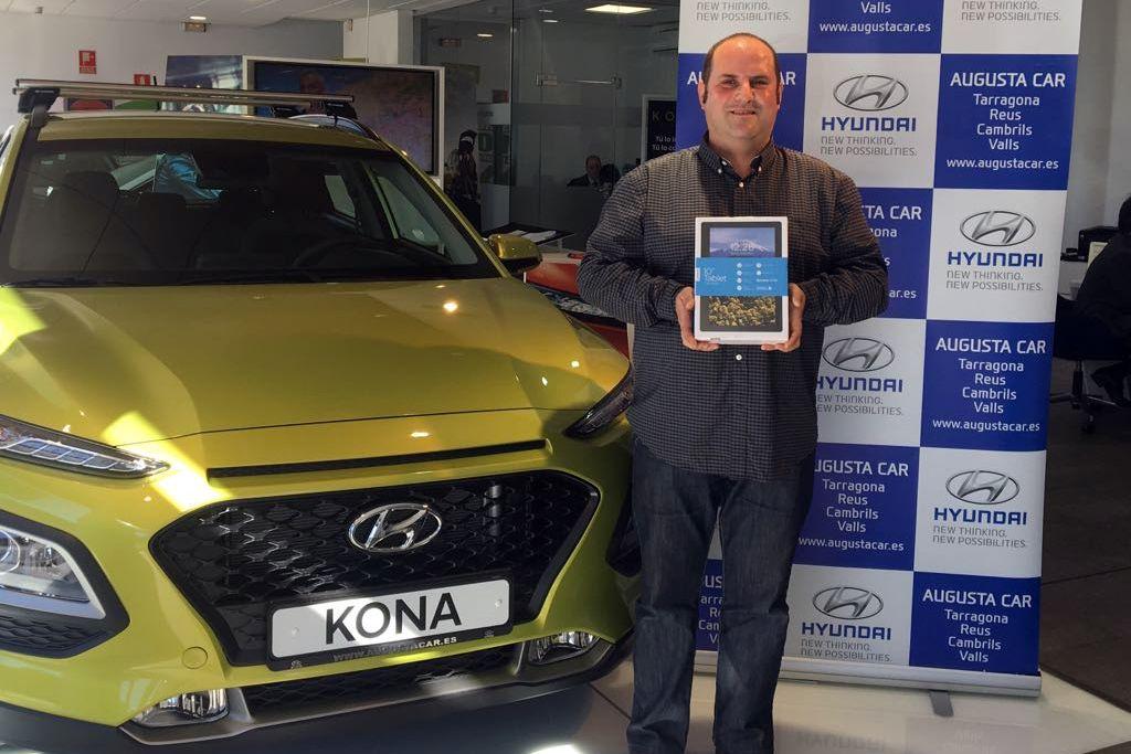 """Martin Prados, guanyador del concurs """"Fes-te un selfie amb el Nou Kona i guanya una Tablet!"""""""