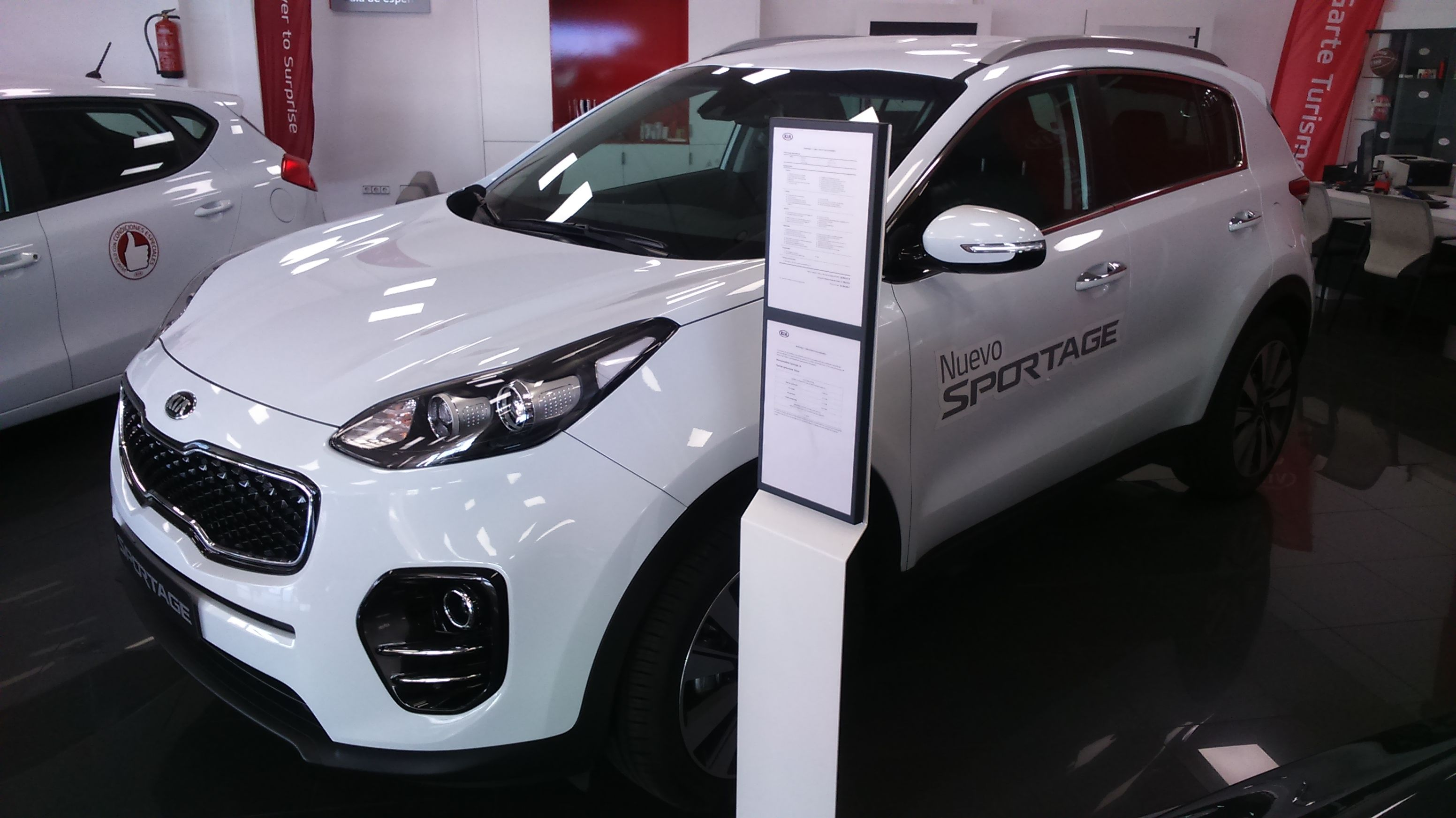 Kia Sportage 1.7 CRDi x-Tech17 Eco-Dynamics Diesel 115cv Color Blanco