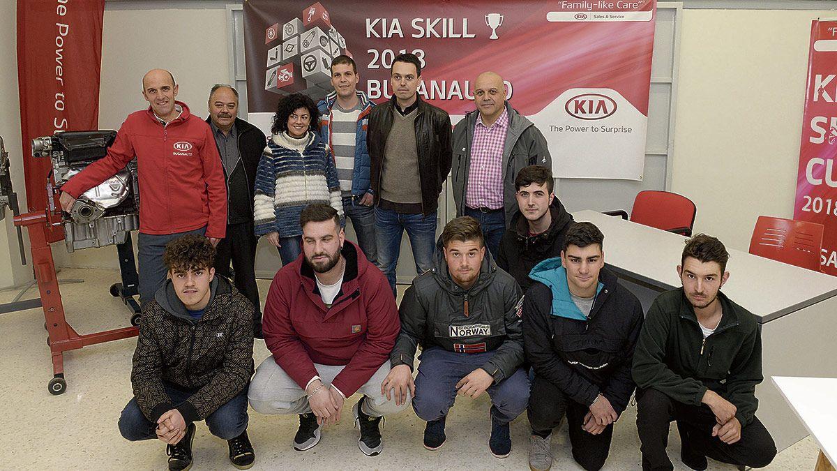 KIA Busanauto organiza un concurso de habilidades para alumnos de electromecánica