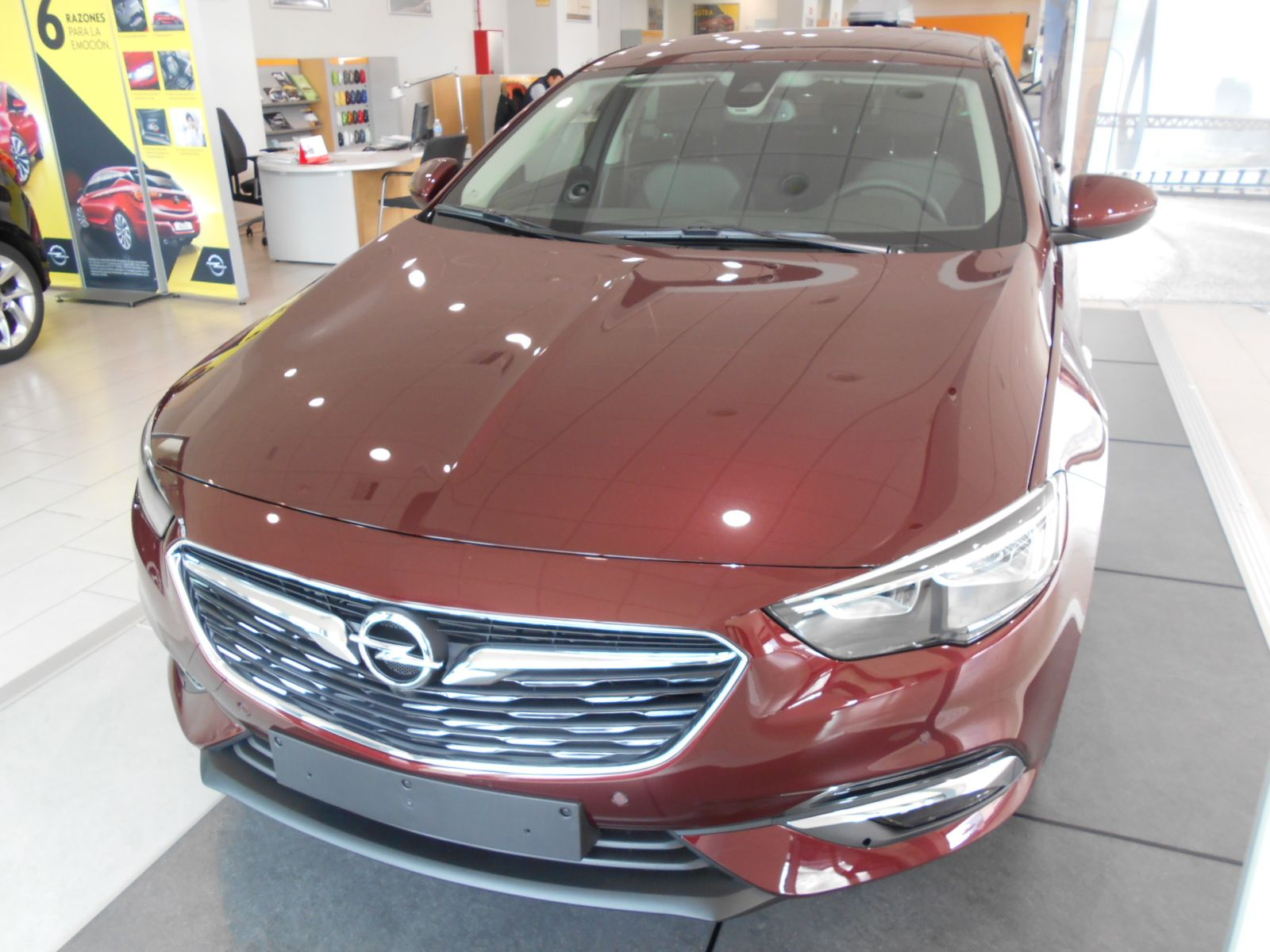OPEL Insignia 1.5 T Selective 140