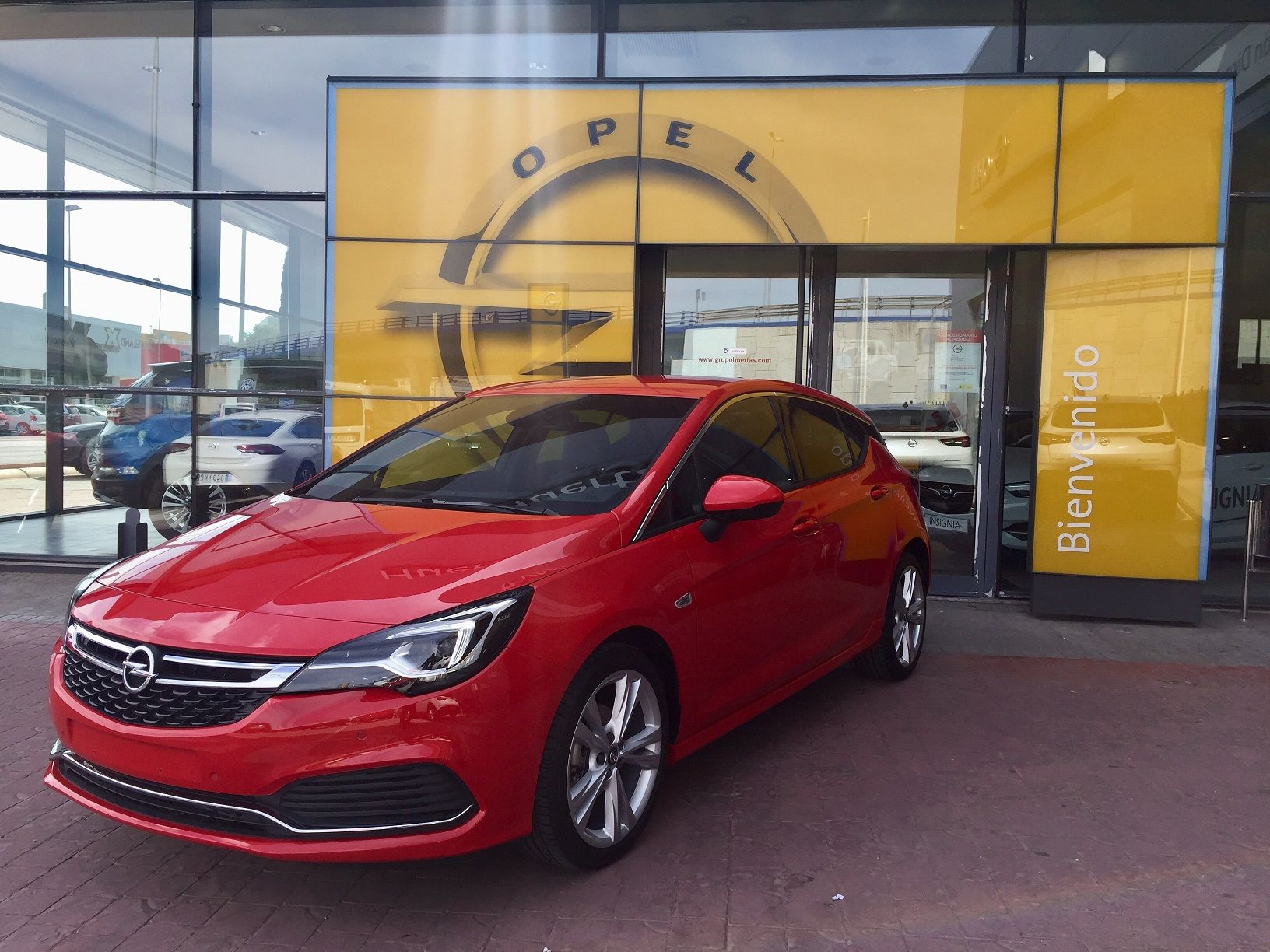 Ven a conocer la Gama mas deportiva de Opel Astra GSI