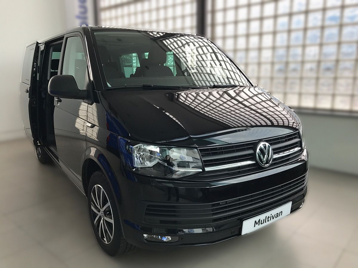 Escápate, recorre, explora ...y ahorra 11.000 euros con este Multivan Outdoor, ahora en Automóviles Sánchez a un precio espectacular.